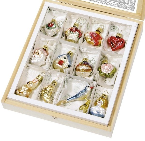 German Wedding Gift Ideas: Christmas Ornaments Set